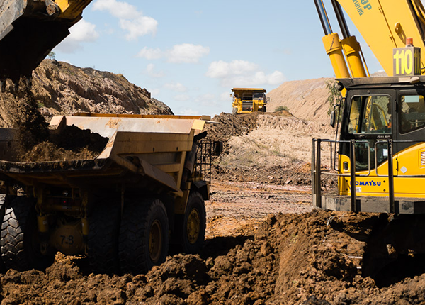 Middlemount Coal Mine - Removal of Existing Western Levee & Stockpiling of Materials